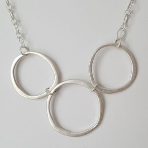 Vintage Silver Tone Metal Link Necklace